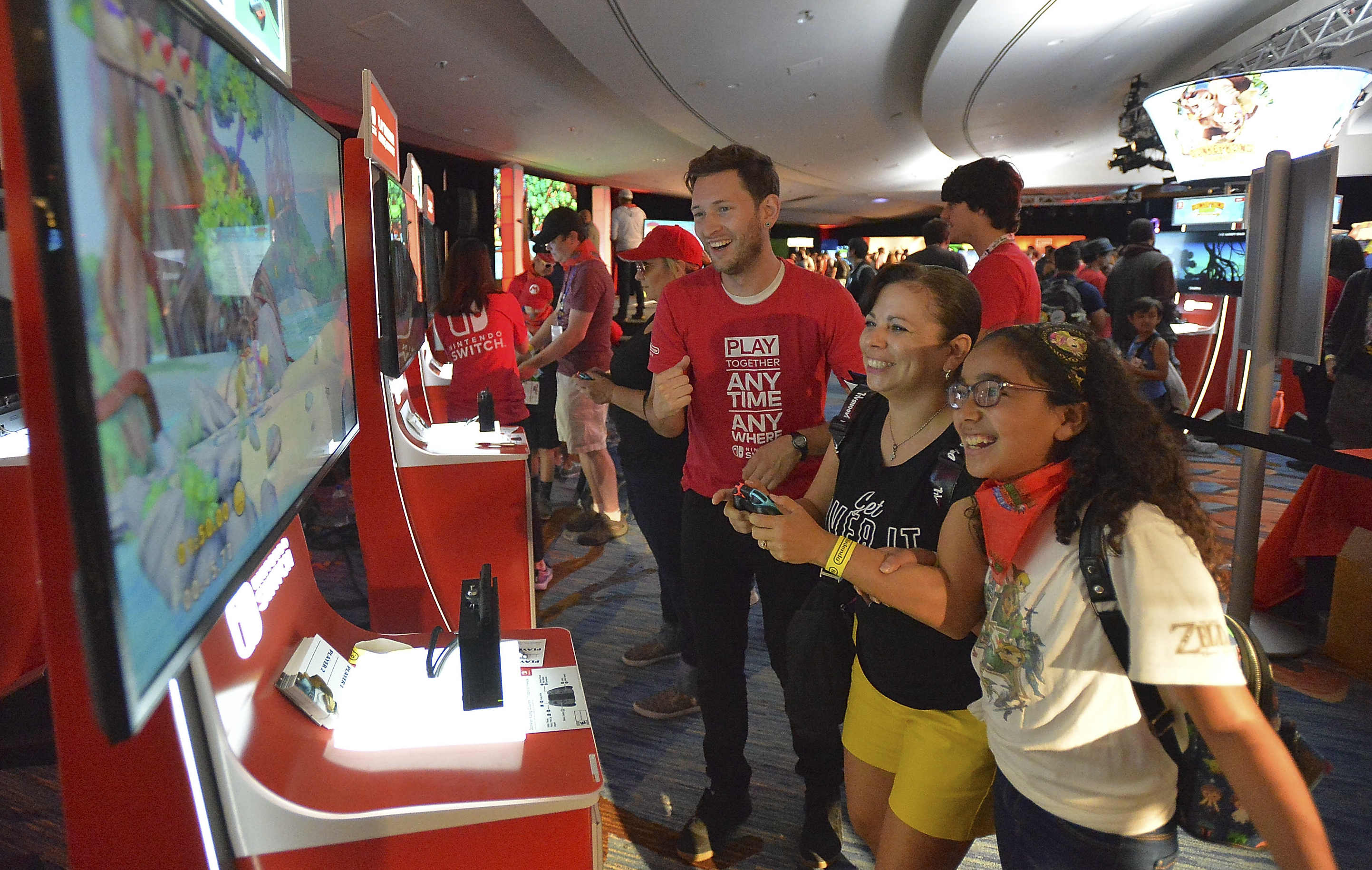 Photos of Nintendo's Comic-Con Booth